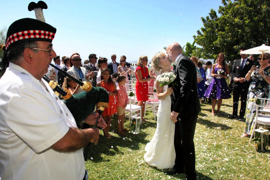 fotografo celebración boda malaga fiesta con gaita